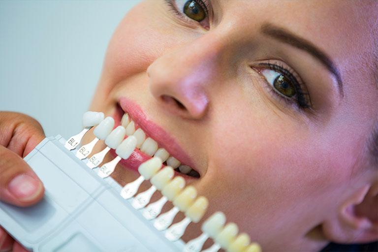 Bousoño Vargas. Es recomendable hacerse un blanqueamiento dental tras la ortopedia