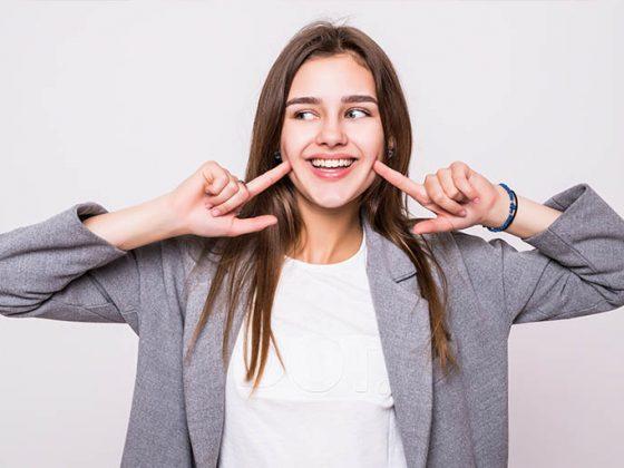 Bousoño Vargas. Las manchas en los dientes pueden estar causadas por muchos motivos